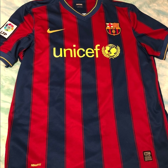 cheaper 6d681 3a6f2 Nike FC Barcelona home soccer jersey '09-'10 kit.